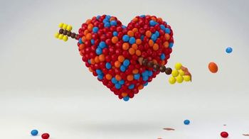 M&M's Caramel TV Spot, 'MTV: RomCom Heart' - Thumbnail 6