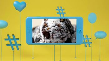 Blue Bunny Ice Cream TV Spot, 'nick@nite: Let Loose' - Thumbnail 6