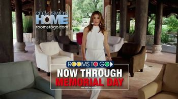 Rooms to Go Cindy Crawford Home TV Spot, 'Memorial Day: Back in Town' - Thumbnail 9