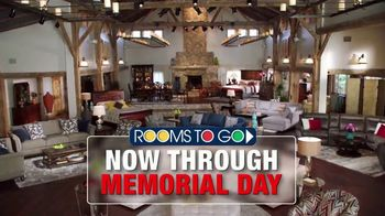 Rooms to Go Cindy Crawford Home TV Spot, 'Memorial Day: Back in Town' - Thumbnail 1