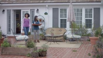Lowe's Outdoor Entertaining Event TV Spot, 'The Moment: Gas Grill' - Thumbnail 1