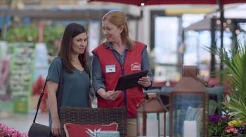Lowe's Outdoor Entertaining Event TV Spot, 'The Moment: Gas Grill' - Thumbnail 5