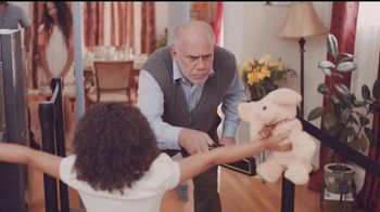 Common Sense Media TV Spot, 'La cena de la abuela' [Spanish] - Thumbnail 9