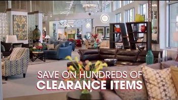 Rooms to Go Spring Clearance Sale TV Spot, 'Once a Season' - Thumbnail 4