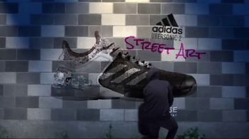 Tennis Warehouse TV Spot, 'adidas Adizero Ubersonic 2 Street Art' - Thumbnail 9