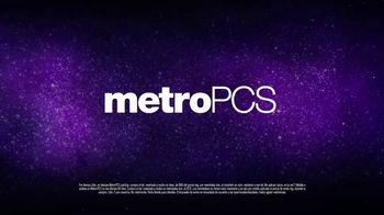 MetroPCS TV Spot, 'Corta con una mala red' [Spanish] - Thumbnail 6