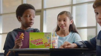 Lunchables With 100% Juice TV Spot, 'Petting Zoo' - Thumbnail 9