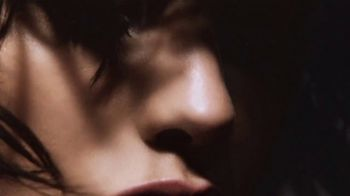 Tom Ford Black Orchid TV Spot, 'A Force of Nature' - Thumbnail 2