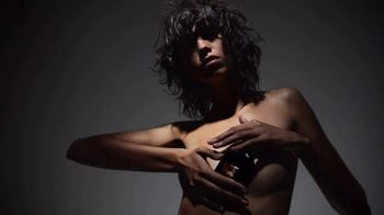 Tom Ford Black Orchid TV Spot, 'A Force of Nature' - Thumbnail 3