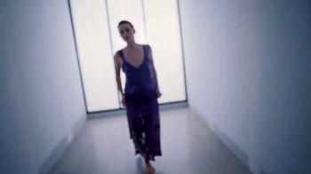 Calvin Klein Deep Euphoria TV Spot, 'Vela' con Margot Robbie [Spanish] - Thumbnail 3