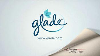 Glade Cashmere Woods Candle TV Spot, 'Valor' [Spanish] - Thumbnail 7