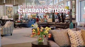 Rooms to Go Spring Clearance Sale TV Spot, 'A Few Days Remain' - Thumbnail 3