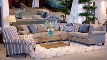 Rooms to Go Spring Clearance Sale TV Spot, 'A Few Days Remain' - Thumbnail 4