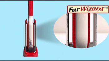 Hurricane Fur Wizard TV Spot, 'Put Lint in Its Place' - Thumbnail 5