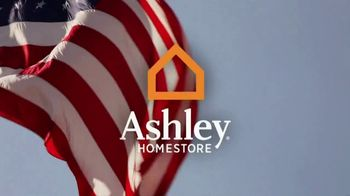 Ashley HomeStore Memorial Day Event TV Spot, 'Red, White and Bold' - Thumbnail 1