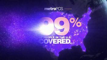 MetroPCS TV Spot, 'Chores' Featuring Daniel Cormier, Dominick Cruz - Thumbnail 10