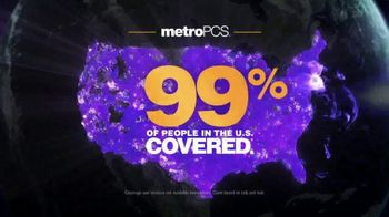MetroPCS TV Spot, 'Chores' Featuring Daniel Cormier, Dominick Cruz - Thumbnail 9