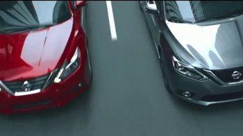 Nissan TV Spot, 'Rush Hour' - Thumbnail 6
