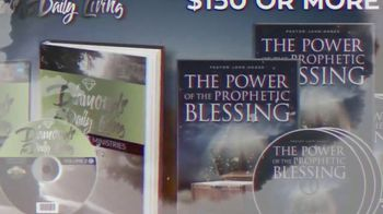John Hagee Ministries Diamonds for Daily Living TV Spot, 'Divine Favor' - Thumbnail 5