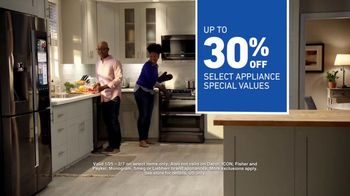 Lowe's TV Spot, 'The Moment: Oven' - Thumbnail 10