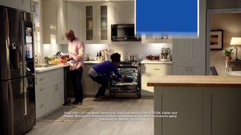 Lowe's TV Spot, 'The Moment: Oven' - Thumbnail 9