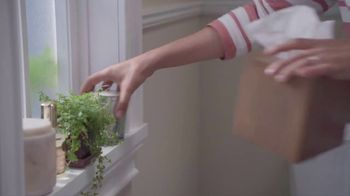Lowe's Bath Event TV Spot, 'The Moment: Half Bath, Full Attention'