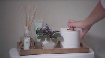 Lowe's Bath Event TV Spot, 'The Moment: Half Bath, Full Attention' - Thumbnail 4