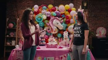 Party City TV Spot, 'BEST AUNT EVER' - Thumbnail 5