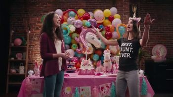 Party City TV Spot, 'BEST AUNT EVER' - Thumbnail 8
