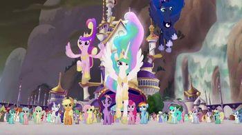 Glimmer & Glow Princess Celestia TV Spot, 'Light Up Your Kingdom' - Thumbnail 4