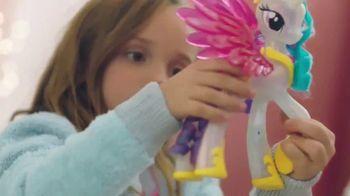 Glimmer & Glow Princess Celestia TV Spot, 'Light Up Your Kingdom' - Thumbnail 7