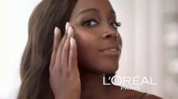 L'Oreal Paris Lumi Glotion TV Spot, 'Effortless Glow' Feat. Elle Fanning - Thumbnail 5