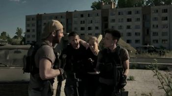 Cinemax TV Spot, 'Strike Back' - Thumbnail 7