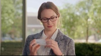 America's Best Contacts and Eyeglasses Designer Sale TV Spot, 'Runway' - Thumbnail 6