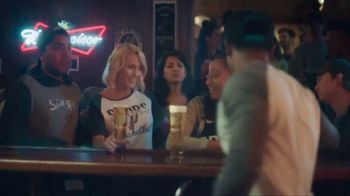 Budweiser TV Spot, 'A Moment Worth Celebrating' - Thumbnail 4
