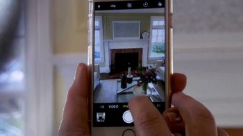 Coldwell Banker TV Spot, 'The Power of Social Media in Real Estate' - Thumbnail 5