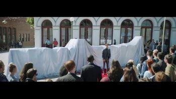 Verizon TV Spot, 'Awards: Google Pixel 2' Featuring Thomas Middleditch - Thumbnail 1