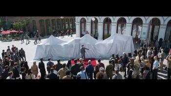 Verizon TV Spot, 'Awards: Google Pixel 2' Featuring Thomas Middleditch - Thumbnail 3