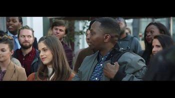 Verizon TV Spot, 'Awards: Google Pixel 2' Featuring Thomas Middleditch - Thumbnail 7