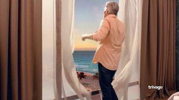 trivago TV Spot, 'Blue Beach Hotel' - Thumbnail 2