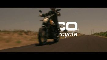 GEICO Motorcycle TV Spot, 'Pull Off' Song by Canned Heat - Thumbnail 10