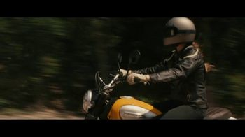 GEICO Motorcycle TV Spot, 'Pull Off' Song by Canned Heat - Thumbnail 4