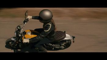 GEICO Motorcycle TV Spot, 'Pull Off' Song by Canned Heat - Thumbnail 5