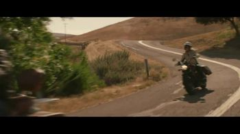 GEICO Motorcycle TV Spot, 'Pull Off' Song by Canned Heat - Thumbnail 6