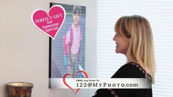 Photo&Go TV Spot, 'Valentine's Day' - Thumbnail 2