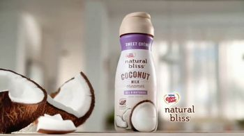 Coffee-Mate Natural Bliss Coconut Milk Creamer TV Spot, 'Creamy' - Thumbnail 3