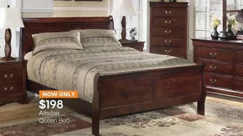 Ashley HomeStore Super Savings Sale TV Spot, 'Bedrooms and Sofas' - Thumbnail 4