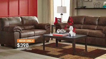 Ashley HomeStore Super Savings Sale TV Spot, 'Bedrooms and Sofas' - Thumbnail 5