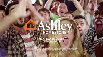 Ashley HomeStore Super Savings Sale TV Spot, 'Bedrooms and Sofas' - Thumbnail 7