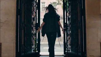 Kohl's TV Spot, 'Simply Vera Vera Wang 10th Anniversary' Feat. Vera Wang - Thumbnail 3